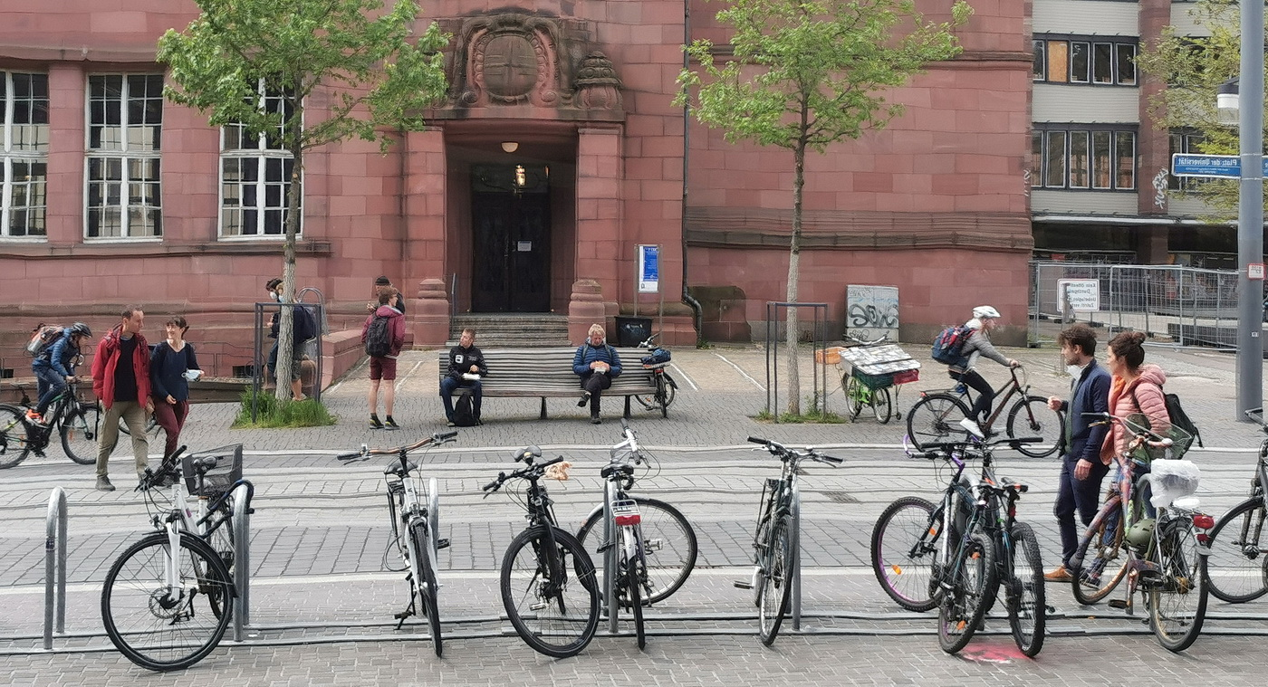 Armin Burger Am Platz der Universität FR