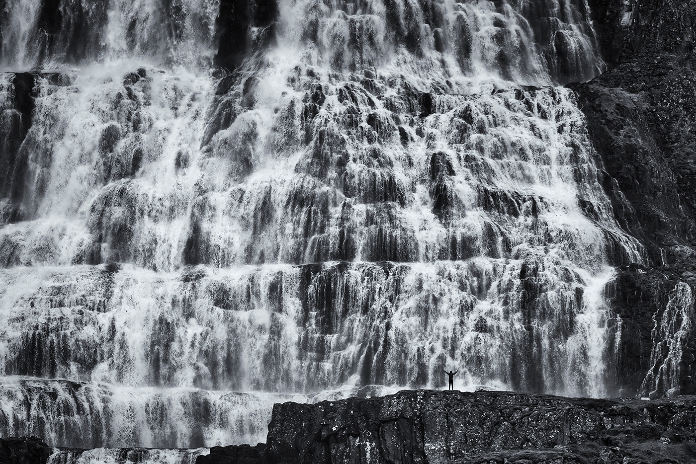 Marco Schweier: Fallendes Wasser